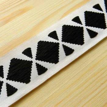 Жаккардовая лента черно-белая