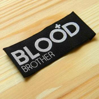 """Жаккардовая этикетка """"Blood"""" 7,5х2,5 см"""