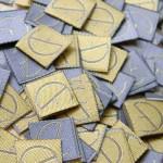 Этикетки с шелковой нитью